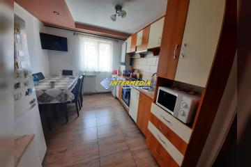 Apartament 2 camere cu bucatarie mare, 55 mp, finisat si mobilat complet